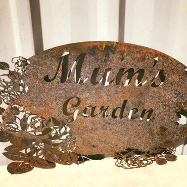 Mum's Garden Laser Cut Metal Screen